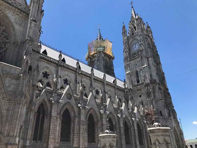 Basílica del Voto Nacional in Quito